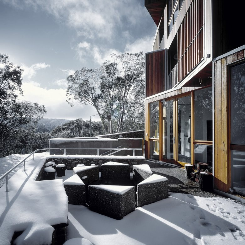 Architizer Huski House by Elenberg Fraser