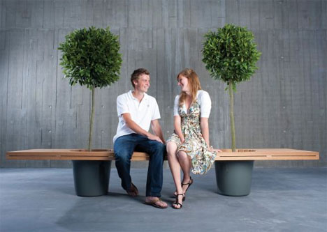 Bench Planter 1