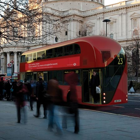 Dzn London bus 4 sq