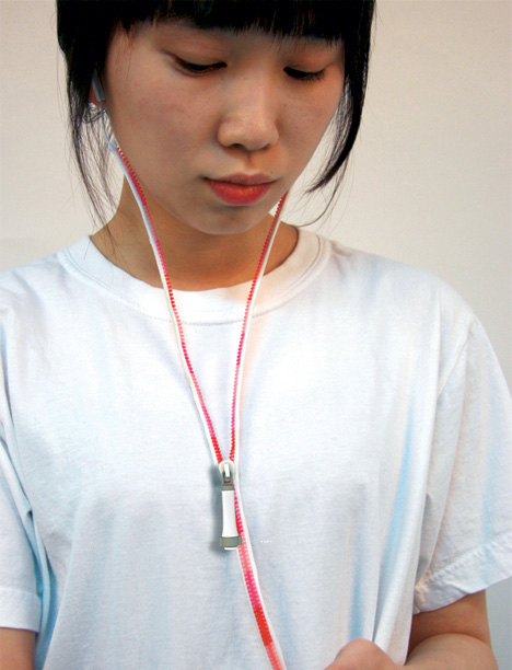 Headphones Design Earbud Concept
