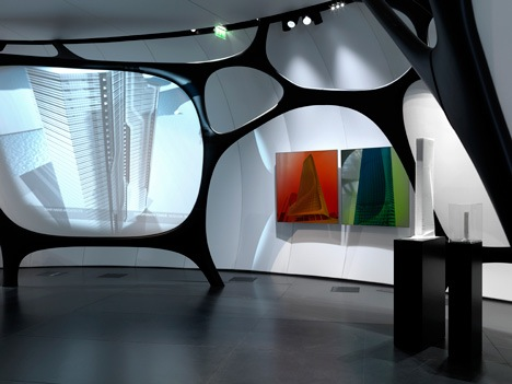 Une Architecture at the Mobile art Pavilion by Zaha Hadid 1